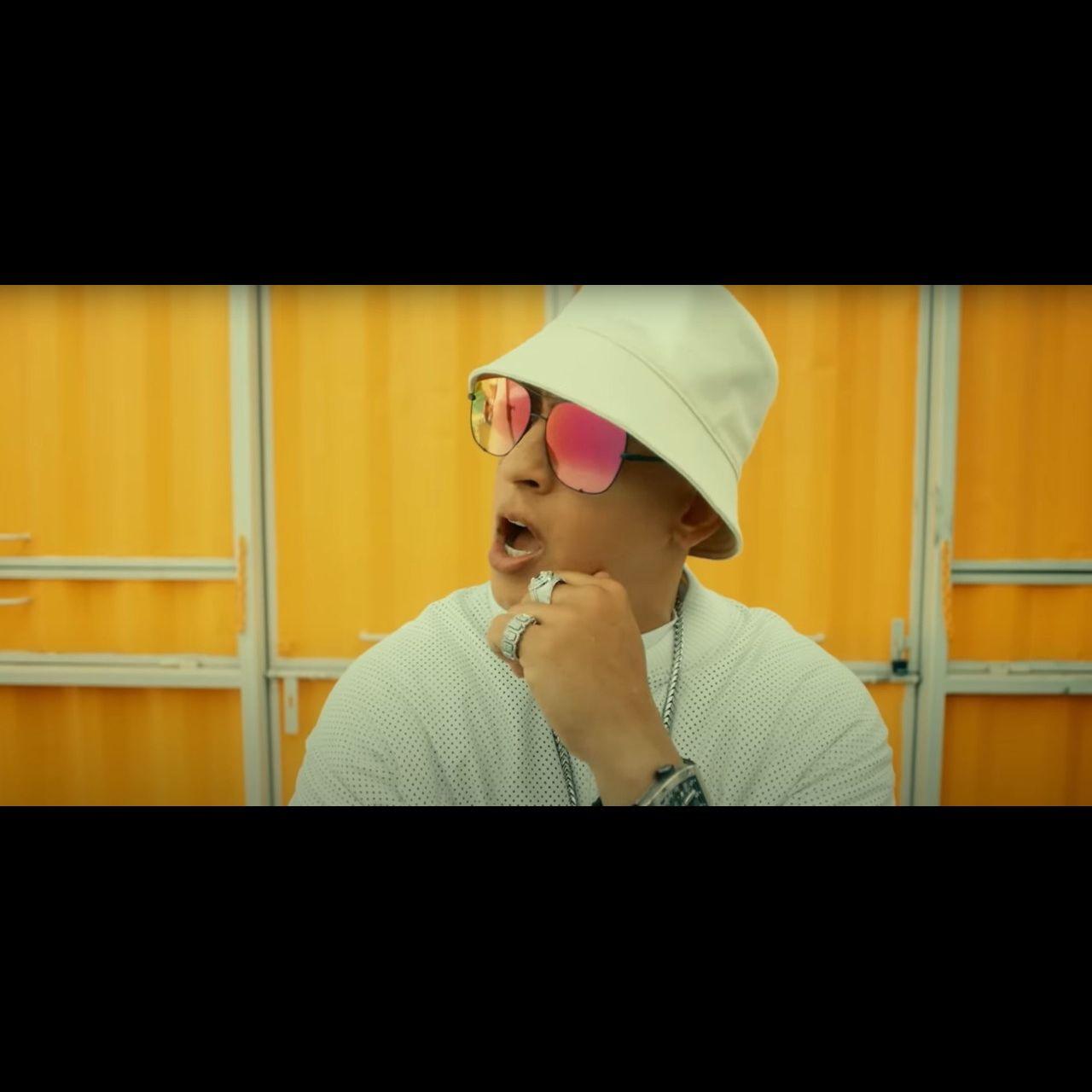 Daddy Yankee - Métele al perrero (Thumbnail)