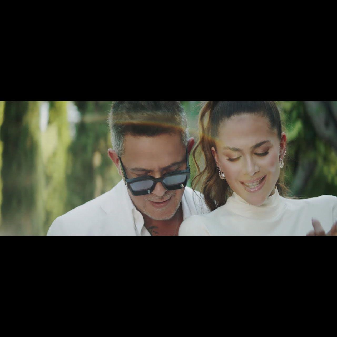 Greeicy - Lejos conmigo (ft. Alejandro Sanz) (Thumbnail)