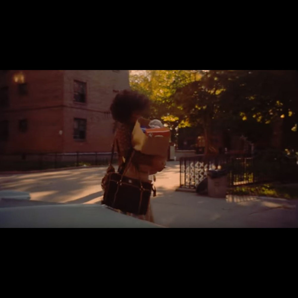 Jay-Z - Smile (ft. Gloria Carter) (Thumbnail)