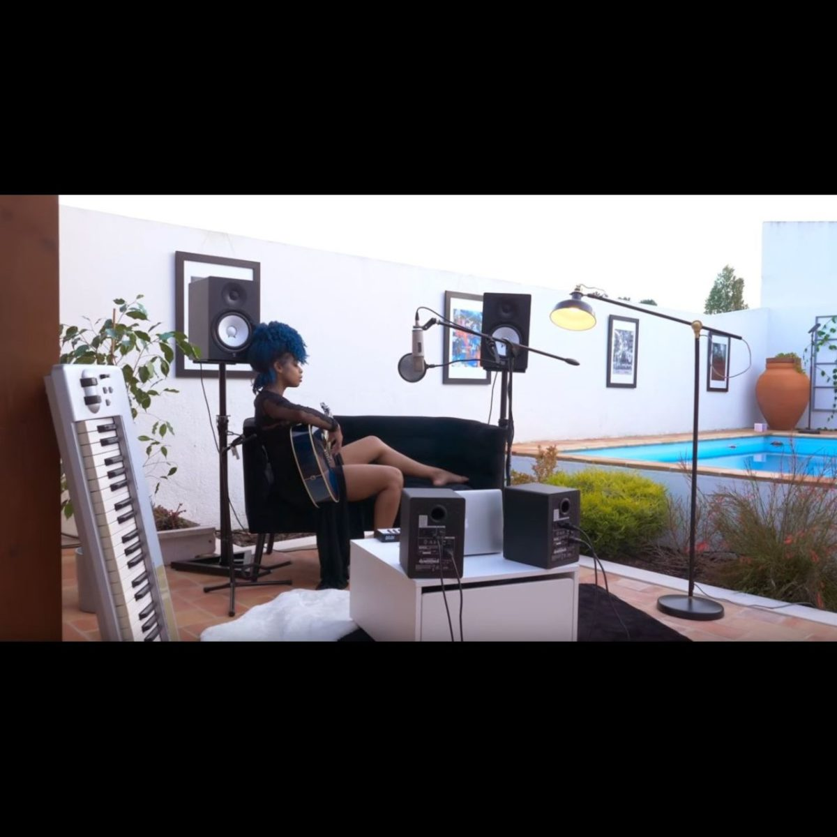 Jennifer Dias - Amor Prigosu (Thumbnail)