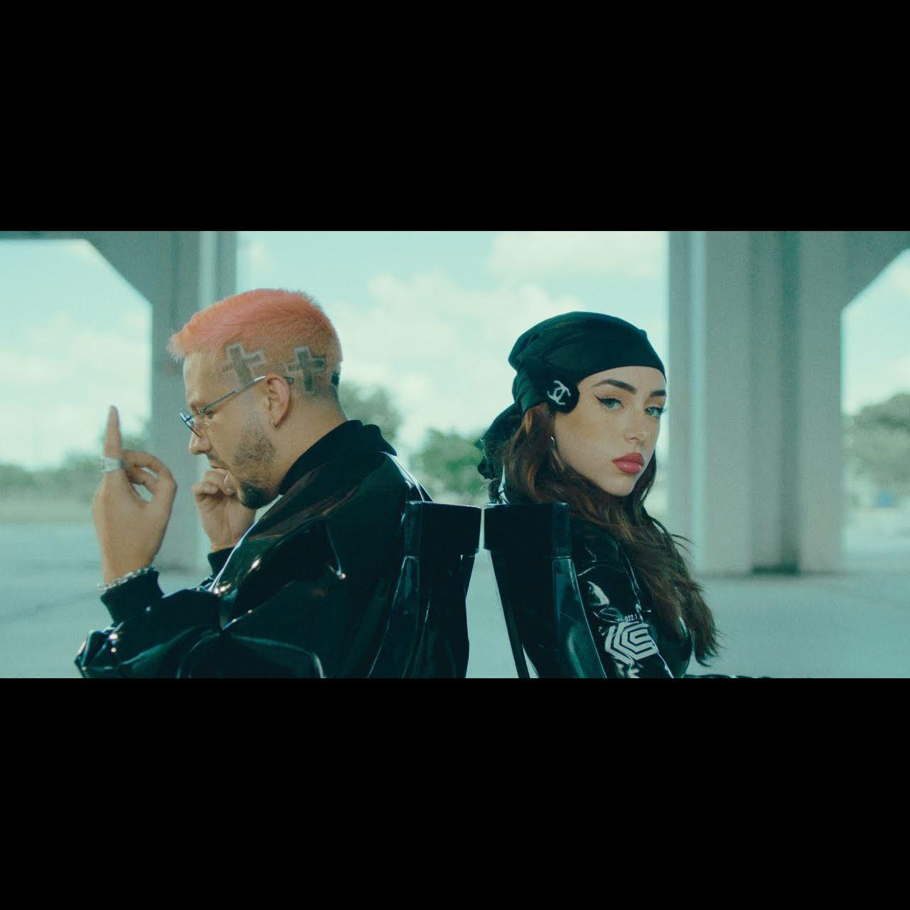 Nicki Nicole - Toa la vida (ft. Mora) (Thumbnail)