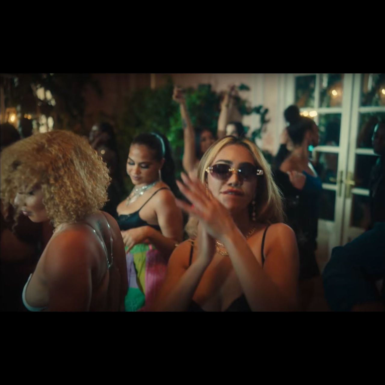 Rvssian - Nostálgico (ft. Rauw Alejandro and Chris Brown) (Thumbnail)