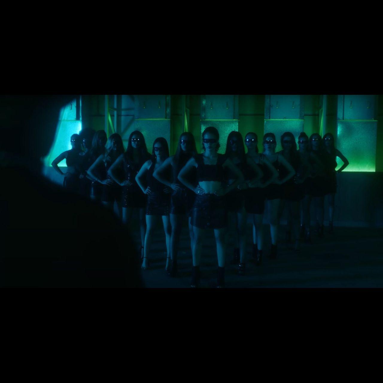 Tito El Bambino - No la dejes caer (Thumbnail)